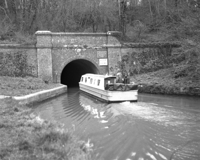 Blisworth Tunnel, Grand Union Canal: north portal