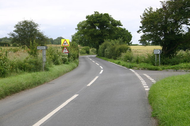 Kimpton road junction