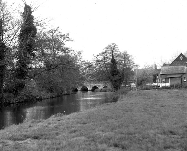 Godalming Town Bridge, River Wey, Surrey