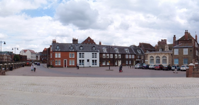 King's Staithe Square