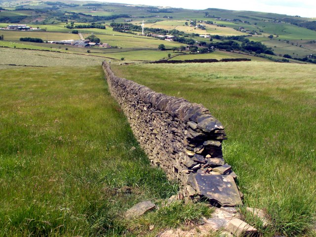 Boundary Wall looking to Ecklands