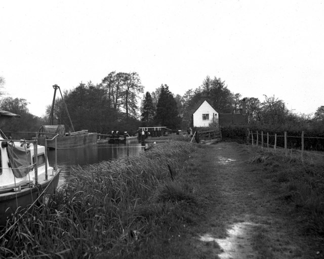 Trigg's Lock, River Wey, Surrey