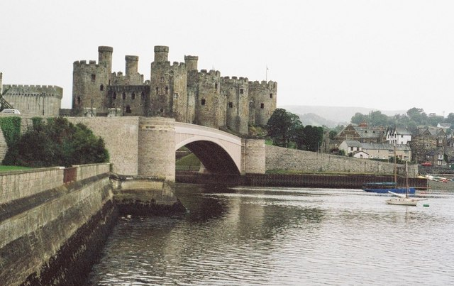 Conwy: castle and road bridge