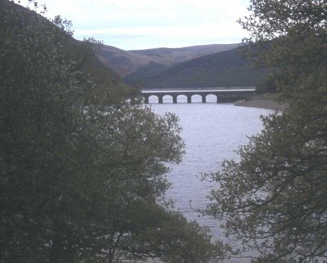 Garreg Ddu Reservoir from Henfron