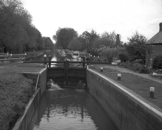 New Haw Lock, Wey Navigation, Surrey