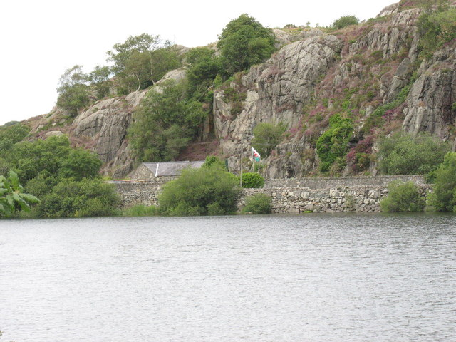 Rock outcrops of the Pre-Cambrian Padarn ridge seen across Llyn Padarn