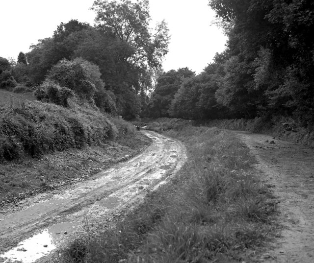 Kennet and Avon Canal, Limpley Stoke: canal bed under repair