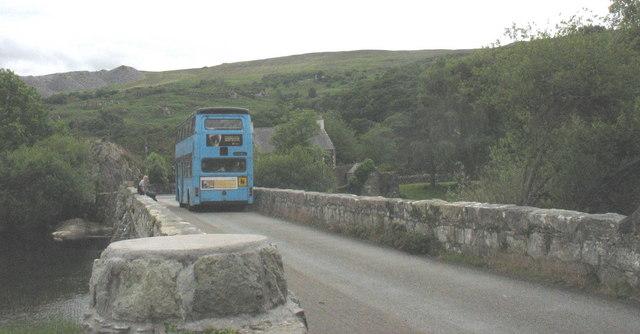 Bws Ysgol KMP  School Bus on Pont Penllyn