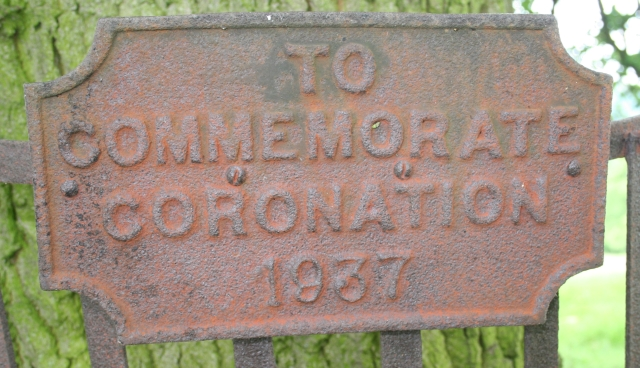 Coronation Plaque on the Coombe Green Oak Tree