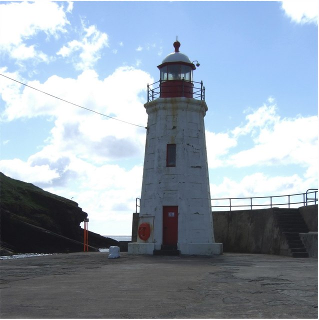Lybster Lighthouse at the end of the harbour pier