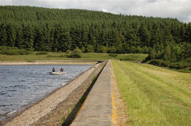 Holl reservoir