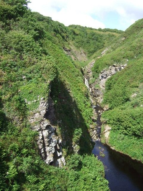Waterfall upstream of Invershore Bridge