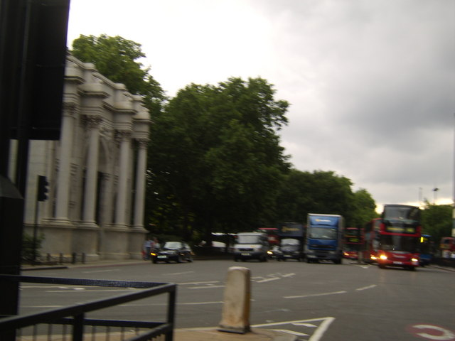 Bayswater Road, Hyde Park