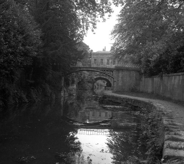 Sydney Gardens No 1 footbridge and No 1 Tunnel, Kennet and Avon Canal, Bath