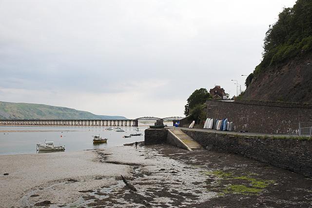 Sea wall at Porth Aberamffra