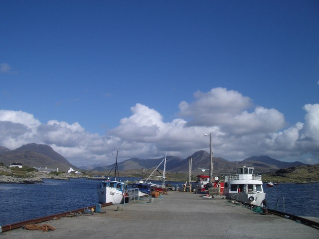 Quay at north side of entrance to Barnaderg Bay, near Letterfrack