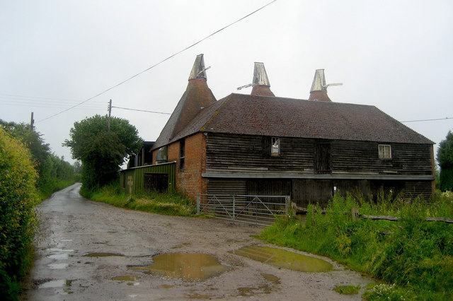 Oast House at Redlands Farm, Redlands Lane, Salehurst, East Sussex