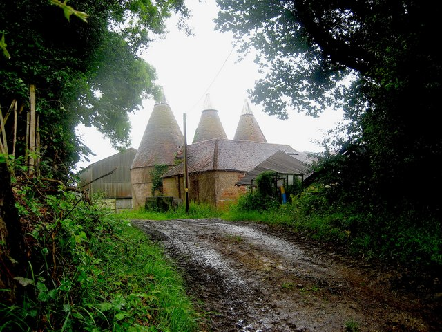 Oast House near Parsonage Farm, Rocks Hill, Salehurst