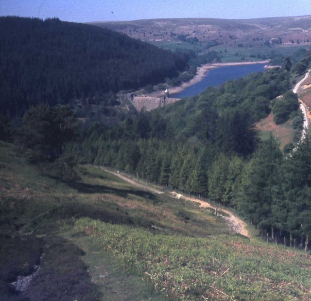 Pen-y-garreg dam from the Nant y Blybran footpath