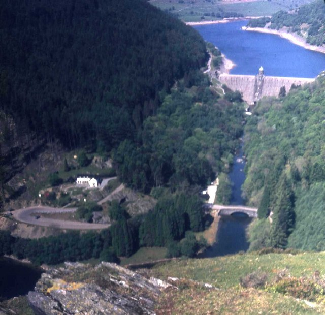 Pen-y-garreg dam and Penbont House