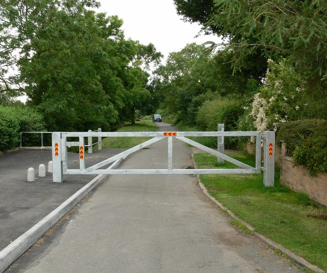 Gated road