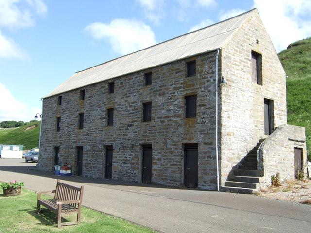Portomin warehouse