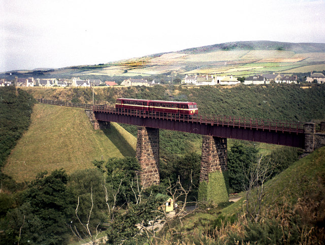 Diesels on Glen Wyllin viaduct