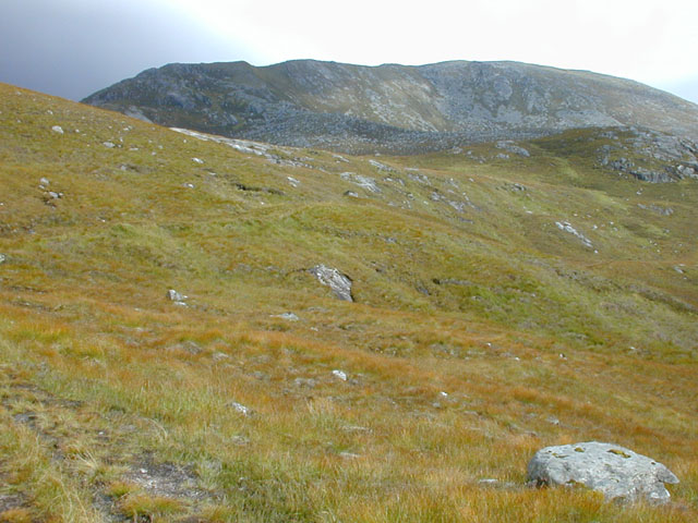 Southern approach to Carn Ghluasaid