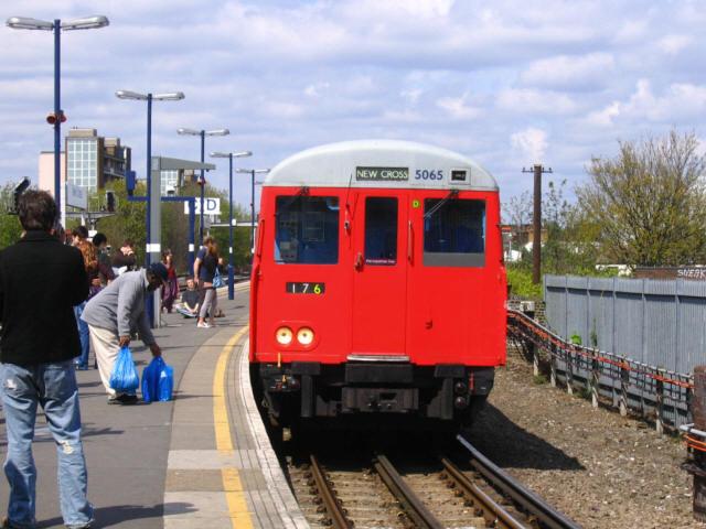 East London Line terminus, New Cross