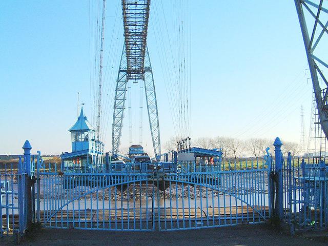 Newport Transporter Bridge gondola arriving