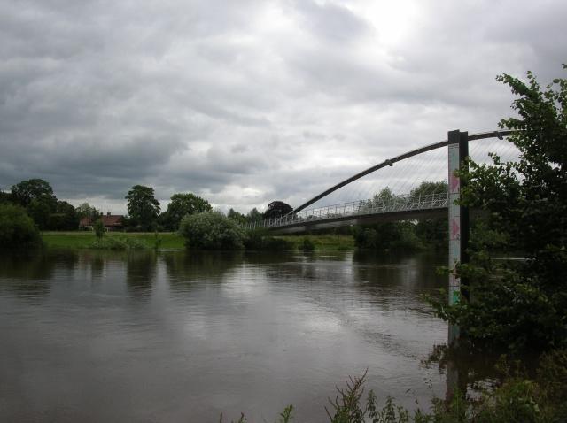 Millennium bridge and river depth marker