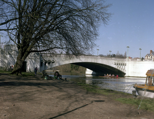 Caversham Bridge, River Thames