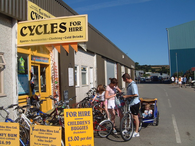 Camel Trail cycle hire at Padstow