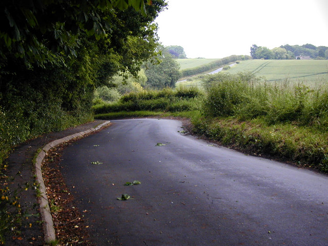 The road to Trottiscliffe church
