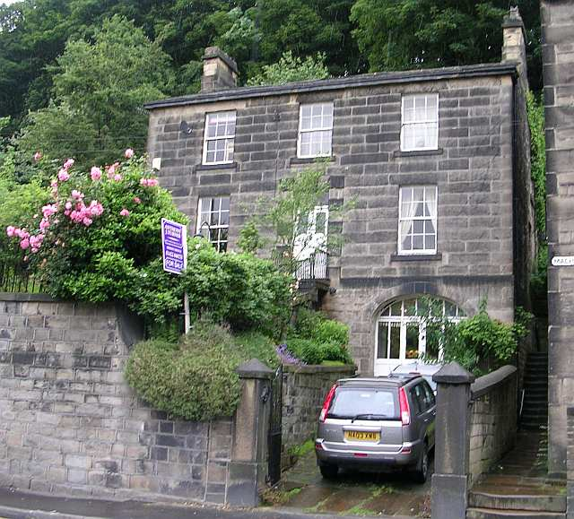 Machpelah House - Burnley Road