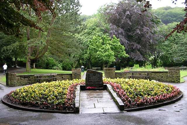 New Road Memorial Gardens