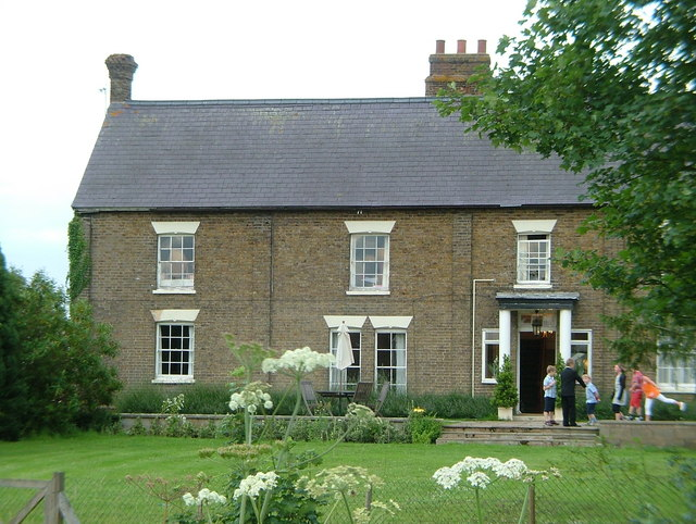 Reid Rooms, Marks Hall Lane (Old farmhouse)