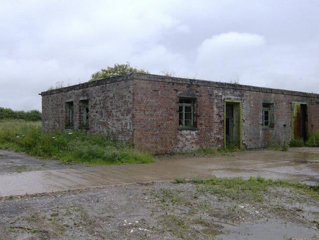 Old brick hut near Scotland Farm
