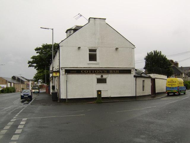 Cotton's Bar, Renfrew