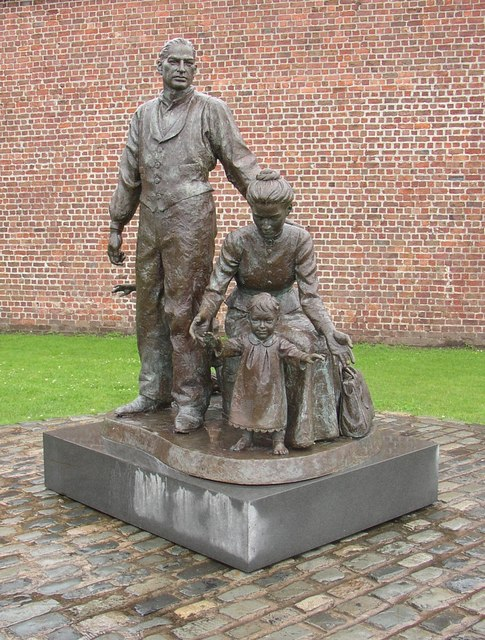 The Emigrants (statue), Albert Dock, Liverpool