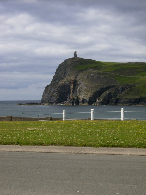 Bradda Head and the Milner's Tower (Folly)