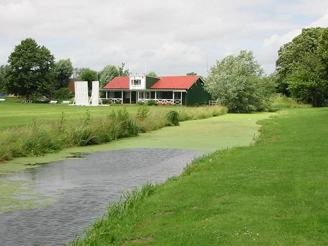 Sandwich Town cricket pavilion and The Butts