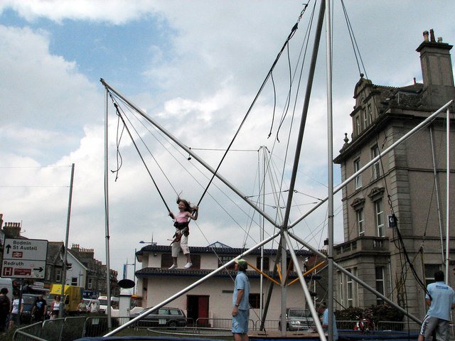 """Bungy Trampoline"" in East St, Newquay"