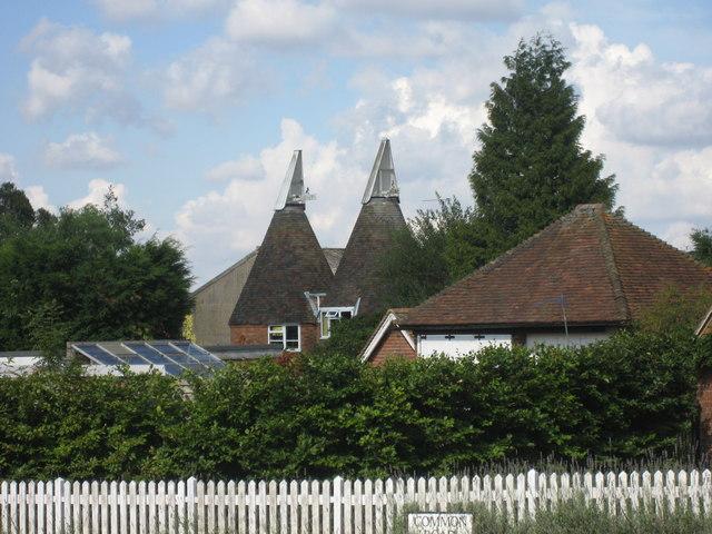 Collins Farm Oast, Common Road, Sissinghurst, Kent