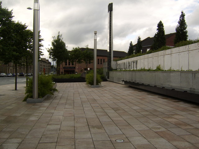 Solidarity Plaza, Clydebank