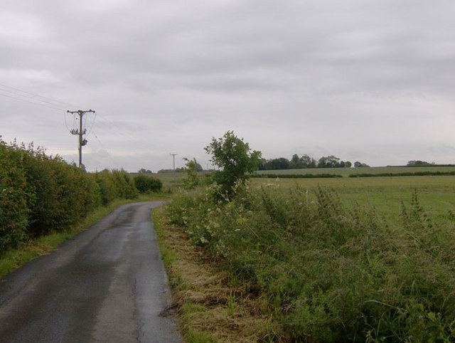 Lane near Model Farm