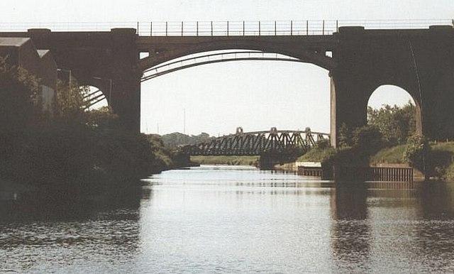 2002 : Sutton Railway Bridge, Weaver Navigation