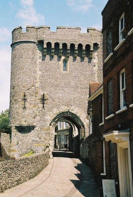 Lewes: Castle Gate
