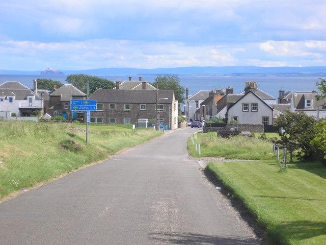 Approaching Earlsferry