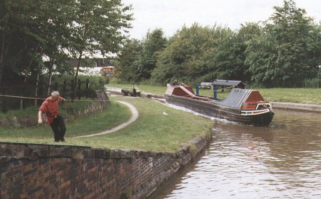 2002 : Middlewich 3 locks - Trent & Mersey Canal